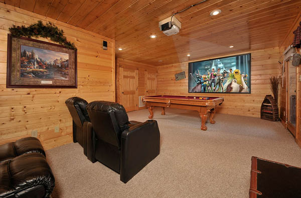 Enchanted 2 Bedroom Luxury Cabin In Pigeon Forge With Movie Theater