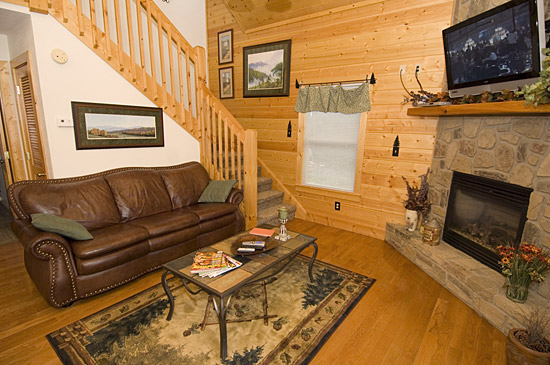 Pigeon forge cabins gatlinburg cabins for Large cabins in pigeon forge tennessee